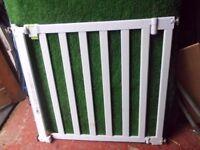 Baby gate unused in white