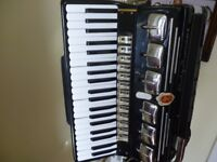 full size 120 key bass accordian,made in italy,famous paolo soprani has various functions,lovely..