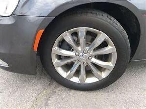 2015 Chrysler 300 Touring AWD/Leather/Panoramc Sunroof/8.4naviga Oakville / Halton Region Toronto (GTA) image 11