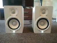 Yamaha HS7 Powered Active Monitor Speakers