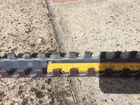 Underfloor Heating Pipe Clip Rail, 2m lengths, 31 lengths
