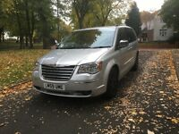 "2009 (59) CHRYSLER GRAND VOYAGER CRD 2.8 DIESEL AUTOMATIC ""MASSIVE SPEC + SAT NAV + REVERSE CAMERA"""