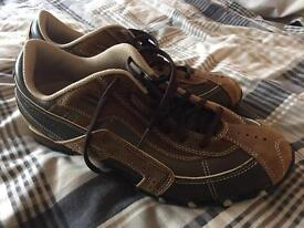 Skechers brown casual shoe Size 9