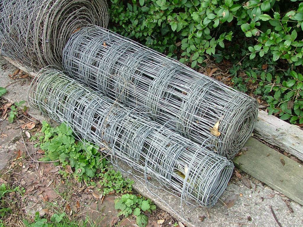 Barbed Wire, Dog Fencing, Chicken Wire | in Wimborne, Dorset | Gumtree