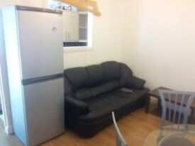 2 bed property rental huddersfield