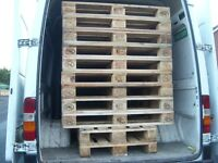 WOODEN PALLET,FURNITURE,COFFEE TABLE,BED BASE,TRANSPORT ETC,DELIVERY POSSIBLE.