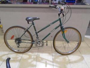 """Vélo de ville Macadam 18"""" - 0917-3"""