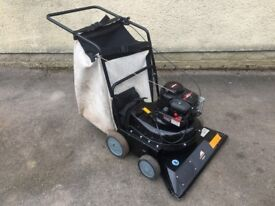 McCulloch M4076 Petrol Leaf Vacuum / Collector / Blower ( Billy Goat Honda / Briggs and Stratton )