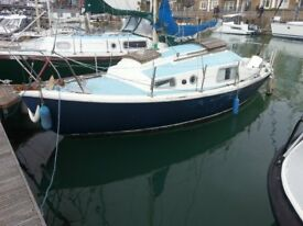 1973 MacWester Rowan 22. (For full time living in Brighton Marina).
