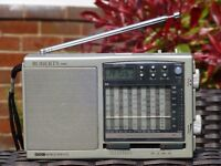 Roberts Radio R871