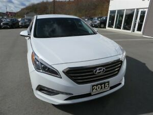 2015 Hyundai Sonata GL *Heated Seats *Backup Cam *Bluetooth