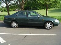 Toyota camry 2.2 auto saloon one owner f.s.hist new mot c.belt changed lovley condition throughout.