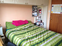 An en suit master bedroom to rent from 12th September near Addenbrookes and ARM tech park