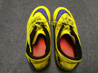 Boys UK size 7 Nike Football boots in ok condition no rips