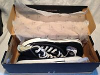 Converse All Star Hi Tops Size 7 With Box
