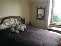 NO BILLS! Lovely LARGE DOUBLE ROOM with gorgeous views in quiet, bright and roomy Victorian flat