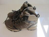 Berghaus Womens Walking Boots - Size UK 5 - Brand New