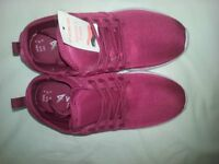 Pr. Of Fushia Size 4 Ladies Trainers.