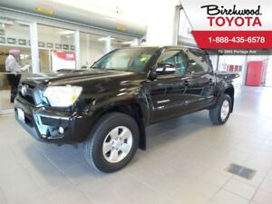 2015 Toyota Tacoma 4WD Double Cab V6 Man SB / Leather/ Navigatio