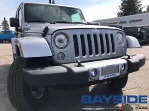 2018 Jeep Wrangler JK Unlimited Sahara | NAV | BLUETOOTH