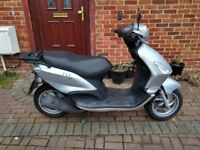 2011 Piaggio Fly 125 automatic scooter, long MOT, low mileage, good runner, bargain, not ps sh ,,,,