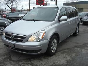 2008 Hyundai Entourage L *VERY CLEAN*