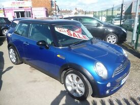 Mini Cooper,3 door hatchback,FSH,half leather interior,nice clean tidy Mini,runs and drives as new