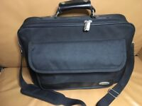 Laptop Notebook BELKIN Dash Toploader Messenger Bag Black Strap