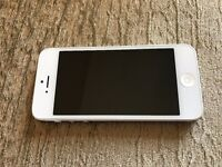 Apple iPhone 5 16GB Silver Factory Unlocked average condition wholesale quantity available