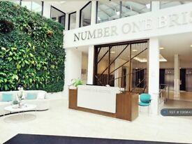 2 bedroom flat in Number One Bristol, Bristol, BS1 (2 bed) (#1089643)