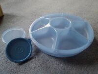 Crudites' dish with separate dip container (Tupperware)