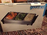 Gourmet triple buffet food server/warming tray