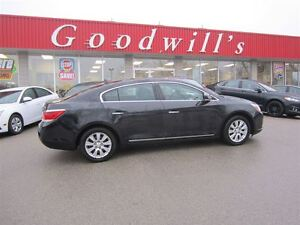 2010 Buick LaCrosse CXL! SUNROOF! LEATHER SEATS!