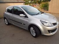 2007 Renault Clio 1.4 16v 3dr Dynamique 5 speed manual Starlight Silver Metallic Low mileage