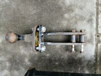 VW Tiguan tow bar with Electrics willing to swap for a trolley Jack.