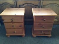 2 pine bedside