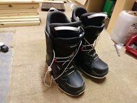 Wedze snowboard boots (9.5)