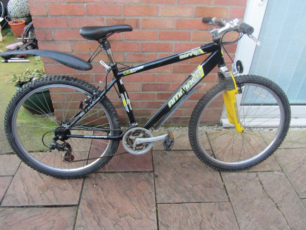 mens ammaco mountain bike 18 inch frame with lock and lights45.00in Cambridge, CambridgeshireGumtree - mens mountain bike in good working order 18inch frame 21 speed comes with bike lock and lights cb4 area Cambridge if would like to view please message for address details