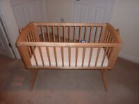 SWING COT/CRIB- SUPERB CONDITION, AS NEW, TRULY A BARGIN AT ONLY £29