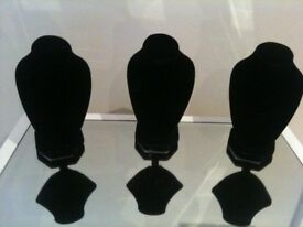 3 X JEWELLERY SMALL DISPLAY STAND BUST