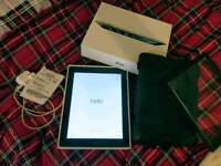 Ipad 2 16gb with case, box, charger and receipt