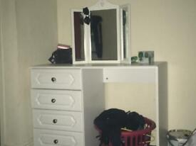 White Dressing table and mirror