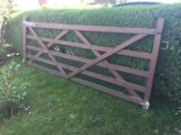 10ft wide farm country solid wooden 5 bar gate - just £50