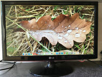 23 Inch LG Flatron W2361v flat HDMI DVI VGA HD computer screen monitor