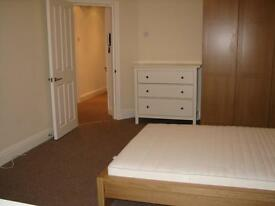 Furnished 2 double bed modern flat close to station and shops.Near Streatham,Balham.Private ad.