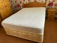 Kingsize Bed, Miracoil Memory Mattress & Headboard - Like New