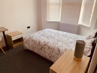 Large Modern Design Double Ensuite Room For Rent In Watford All bills Included