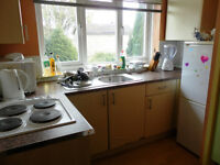2 Bedroom flat on 1st floor, excellent location. Shenley Lane. £520pcm. NO DSS