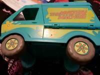 Scrooby doo mystery machine van