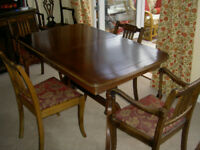 'Strongbow' Dining Table and 4 chairs. 2 Captains chairs, 2 standard chairs